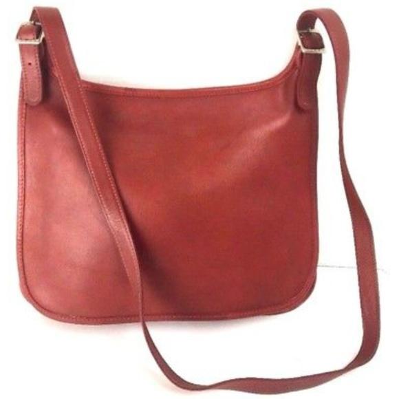 848510bf7b6d Vintage Coach Women Purse Burgundy Leather